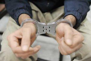 یک زورگیر در خرم آباد دستگیر شد/ ۳ همدست وی تحت تعقیب هستند