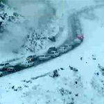 بارش برف در مازندران/تردد خودروها بدون زنجیرچرخ در محور هراز و فیروزکوه امکانپذیر نیست