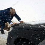 ماجرای کمک نماینده مردم خرمآباد و چگنی به مردم گرفتار در برف