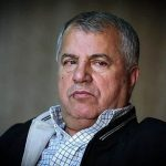 علی پروین در بیمارستان بستری شد