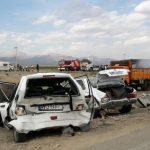 تصادف زنجیره ای جاده الیگودرز یک کشته و ۱۲ نفر مجروح به دنبال داشت
