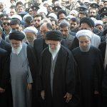 رهبر انقلاب بر پیکر شهید قاسم سلیمانی نماز اقامه کردند + فیلم