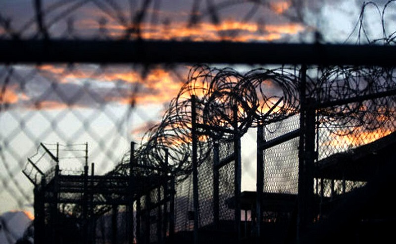۲ فیلم زندان عادل آباد شیراز و کنترل شرایط توسط نیروهای امنیتی