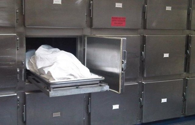 مدیر روابط عمومی دانشگاه علوم پزشکی لرستان کذب میگوید