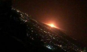 مشاهده نور نارنجی در تهران به دلیل انفجار مخزن گاز در منطقه عمومی پارچین بود